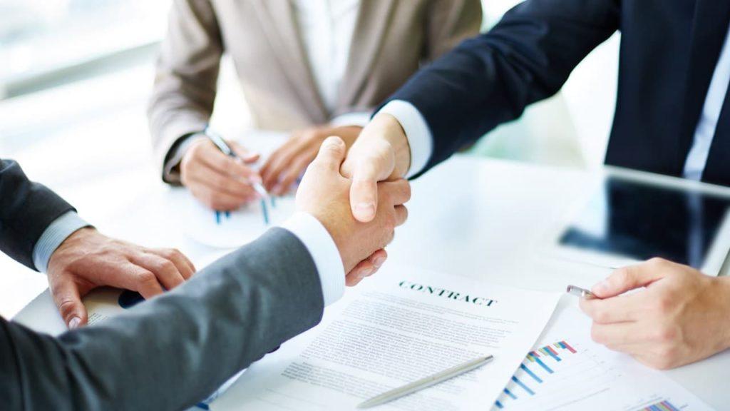Vállalatalapítás, cégfelvásárlás, egyesülés